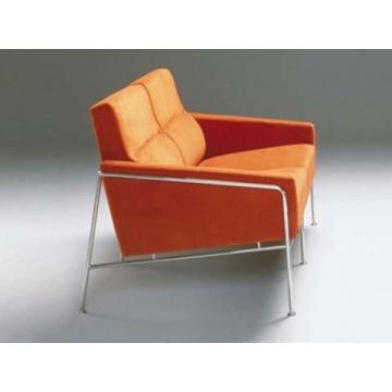 диван Arne Jacobsen 3300 2 Seats