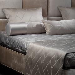Desideria комплект покрывало с саше и 5 подушками TEXTILE, FRATELLI BARRI