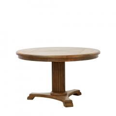 LARDY ROUND TABLE