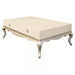 Журнальный стол, отделка перламутровый кремовый лак, сусальное серебро, покрытое лаком шампань VENEZIA, FRATELLI BARRI